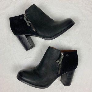 SPERRYS Black Suede Ankle Booties 8.5